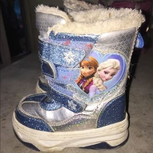 Disney Frozen Winter Sneaker Boots size 6